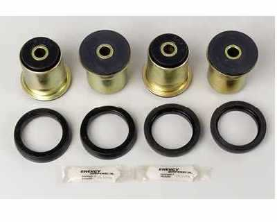 Rear End Control Arm Bushing Set